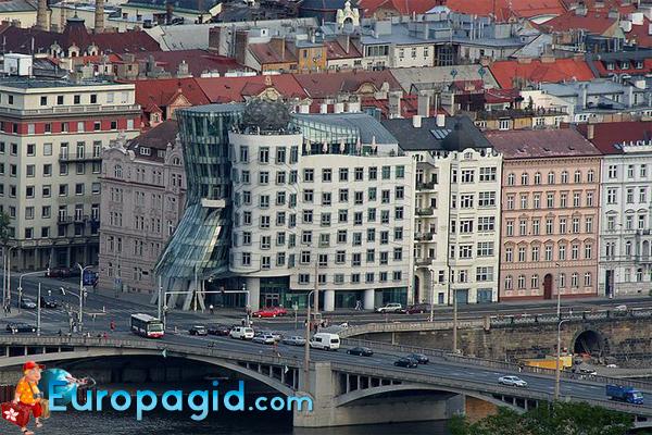 танцующий дом в Праге адрес