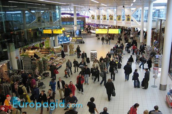 аэропорт Амстердама онлайн табло