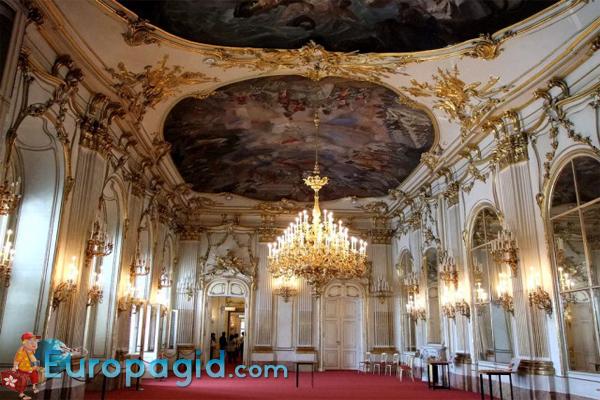 дворец Шенбрунн для Вас