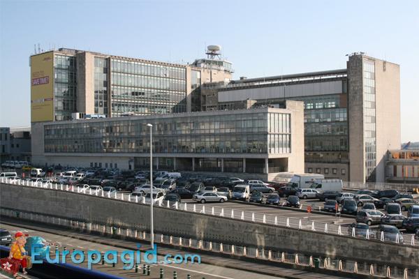 терминалы аэропорта Брюсселя Zaventem