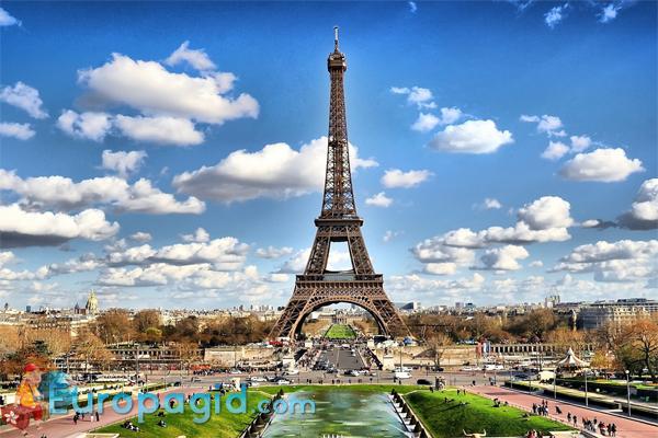 Эйфелева башня в полный размер