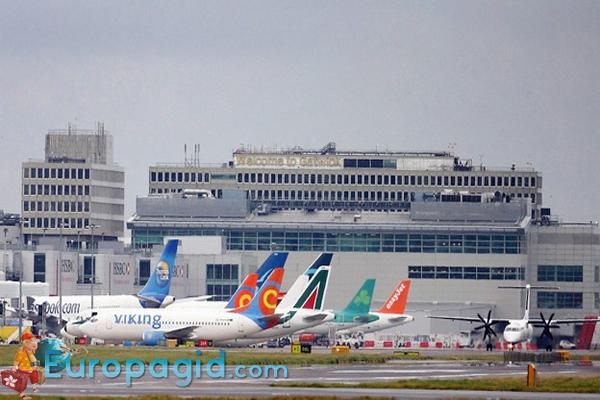 терминалы аэропорта Гатвик в Лондоне