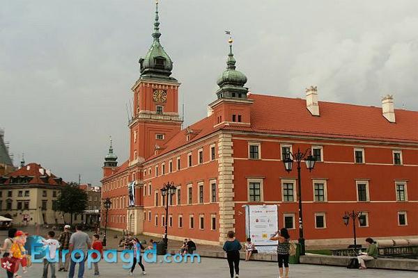Королевский дворец в Варшаве для всех