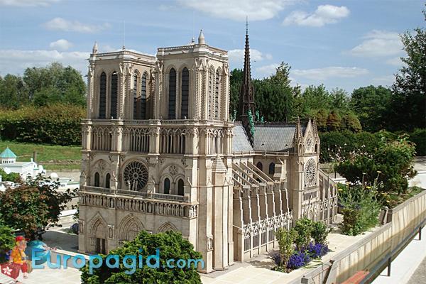 Франция в миниатюре в Париже как добраться