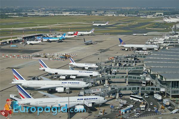 как добраться из аэропорта Шарля де Голля