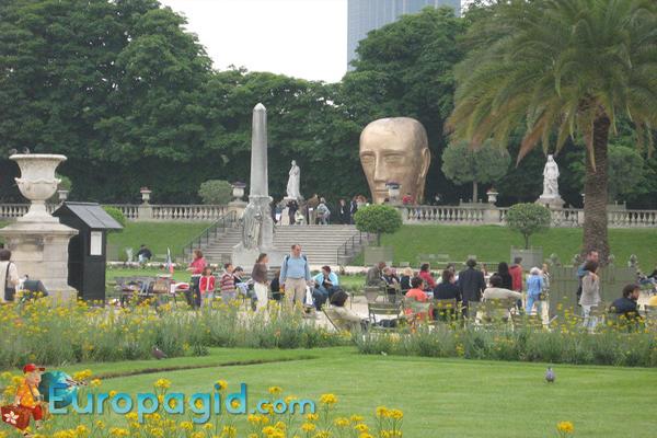 люксембургский сад в Париже для вас