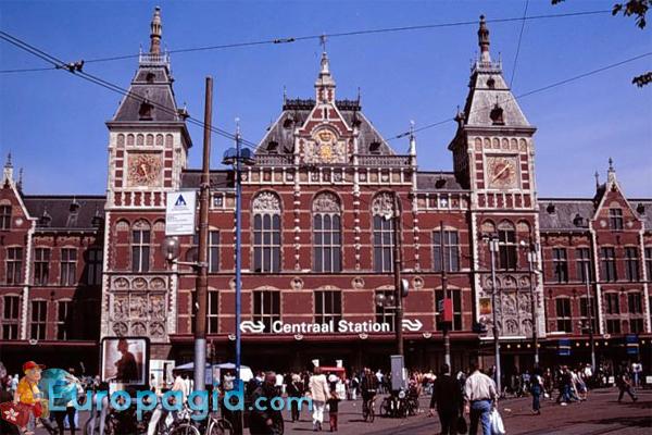 ЖД вокзал Амстердама