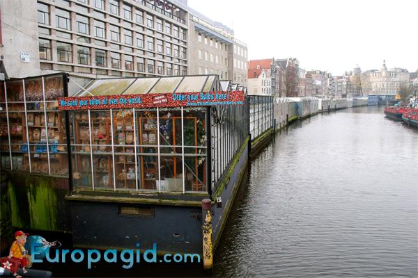Плавучий цветочный рынок в Амстердаме