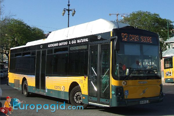 полезная информация желтый и зеленый автобус лиссабон женщины покоится плече
