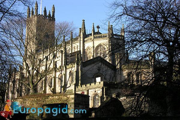 Церковь Святого Иоанна-Евангелиста в Эдинбурге для всех