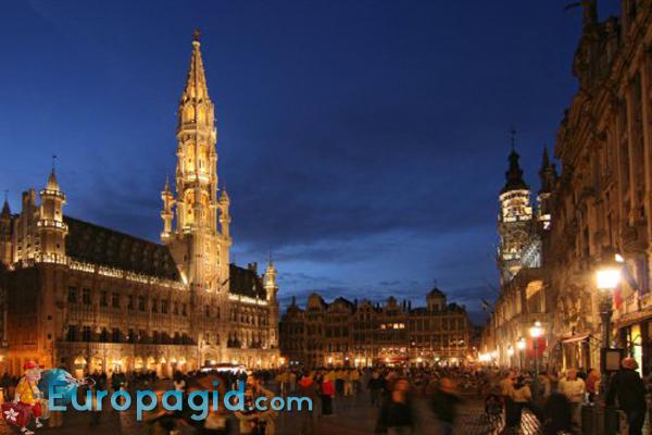 Брюссельская ратуша для всех